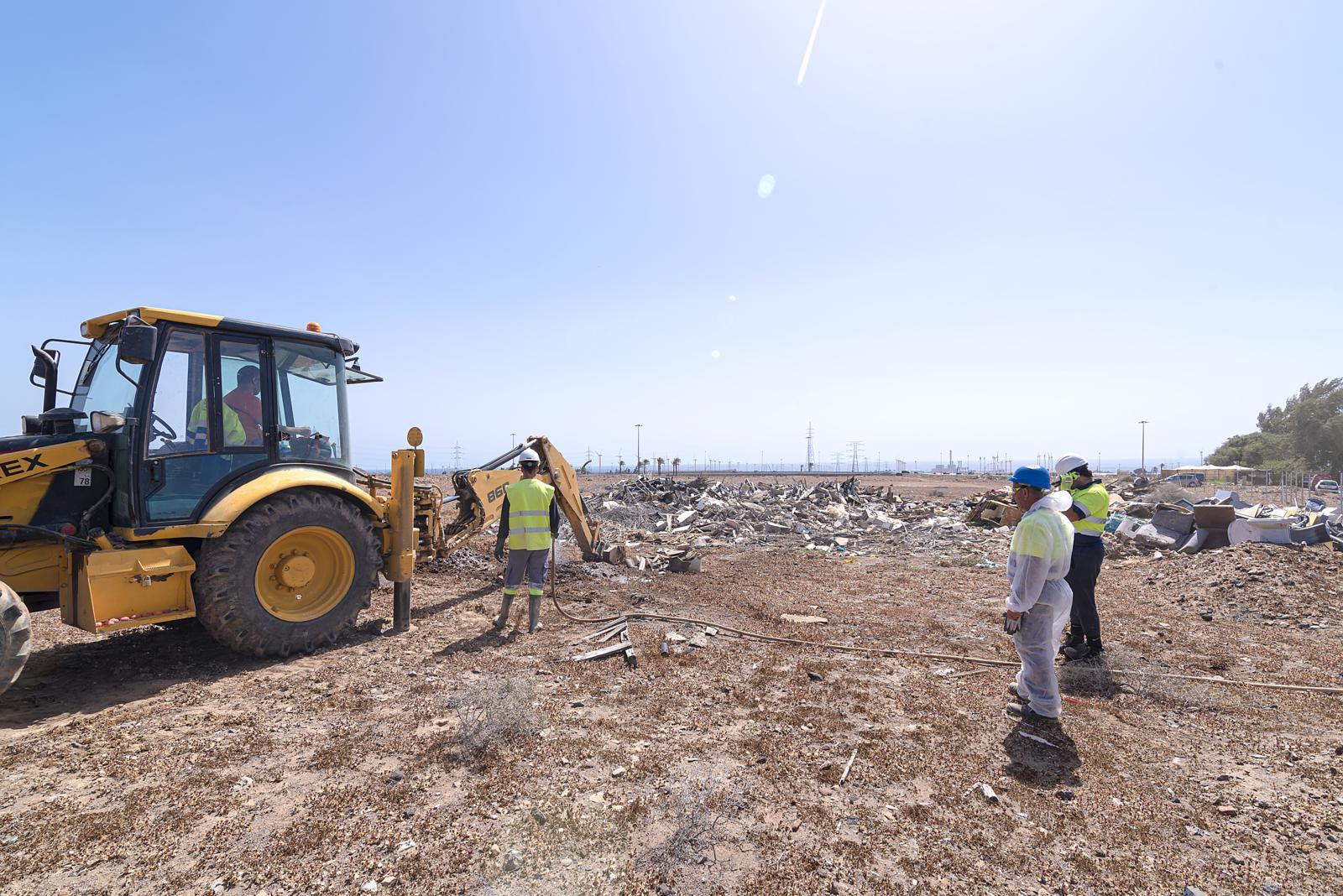 Ecoener coopera con la concejalía de Urbanismo de San Bartolomé de Tirajana para la retirada de residuos del barrio de Los Rodeos Alto